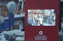 可口可乐又出神器 芬兰人民给新加坡送雪