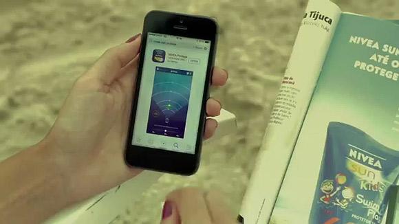 巴西妮维雅创意营销活动 充气滑梯让孩子爱上防晒霜