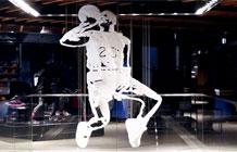 日本原宿耐克店内3D迈克乔丹创意艺术装置