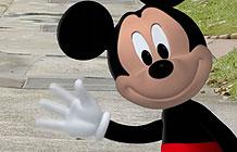 新加坡迪士尼AR营销 魔法广告牌