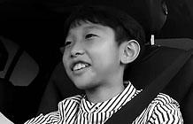 韩国宝马汽车公司营销活动 让12岁孩子开上BMW
