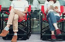 日本尼桑汽车营销活动 全自动排队椅子