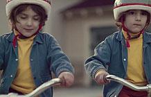 宝马认证二手车广告 双胞胎