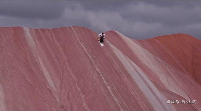 奥迪汽车创意影片 滑雪速降