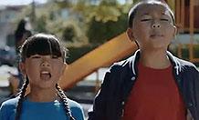 麦当劳创意广告  带孩子好麻烦来杯麦咖啡吧