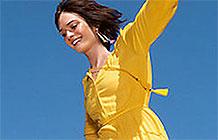 玛莎百货推出了一支新广告,想让人重新审视快过气的自己